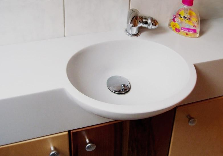sierra ziebermayr waschtische arbeitsplatten nach ma. Black Bedroom Furniture Sets. Home Design Ideas