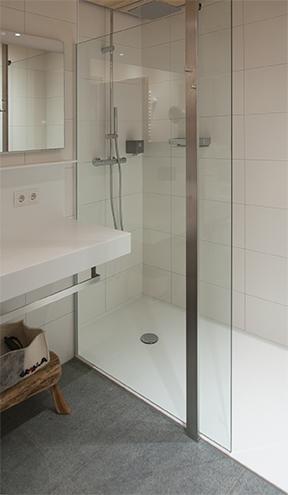 ber uns ziebermayr waschtische arbeitsplatten nach ma. Black Bedroom Furniture Sets. Home Design Ideas